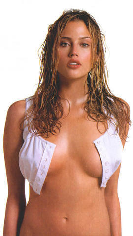 models Estella Warren 18 years sexual picture in the club