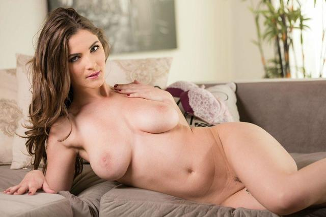 Molly Jane nude picture