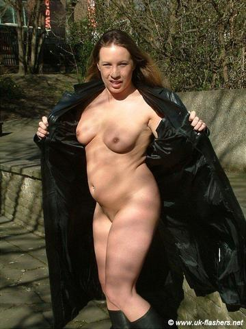Hot photos Faye Rampton tits