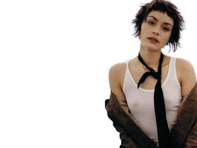celebritie Shannyn Sossamon 20 years prurient photo in public