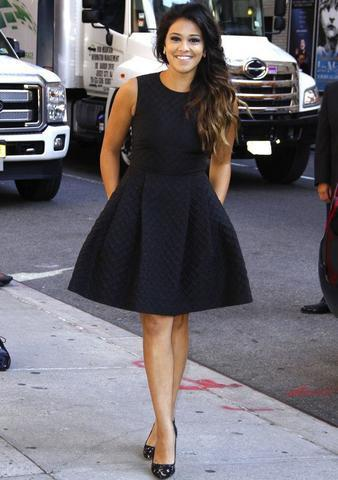 celebritie Gina Rodriguez 21 years bared pics in public