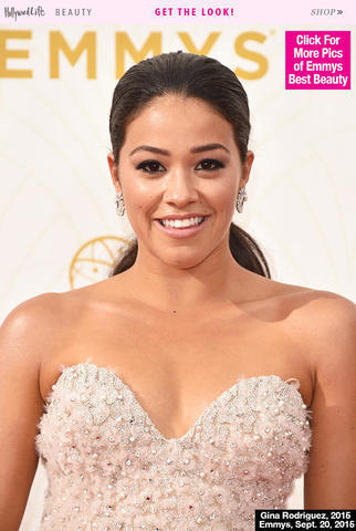models Gina Rodriguez 20 years obscene photography in the club