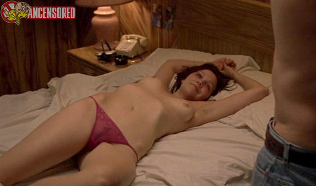 Sexy Maggie Gyllenhaal snapshot High Quality