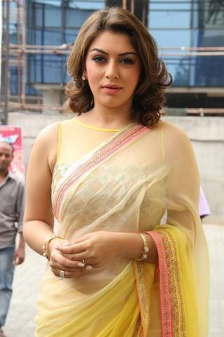 celebritie Hansika Motwani young k-naked foto in public
