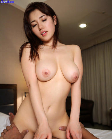 actress Haruka Igawa 19 years in the buff photo in the club