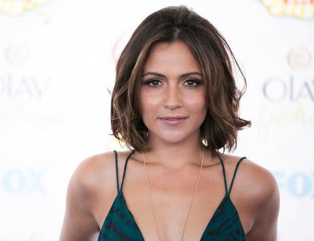 models Italia Ricci 2015 Without slip photoshoot beach
