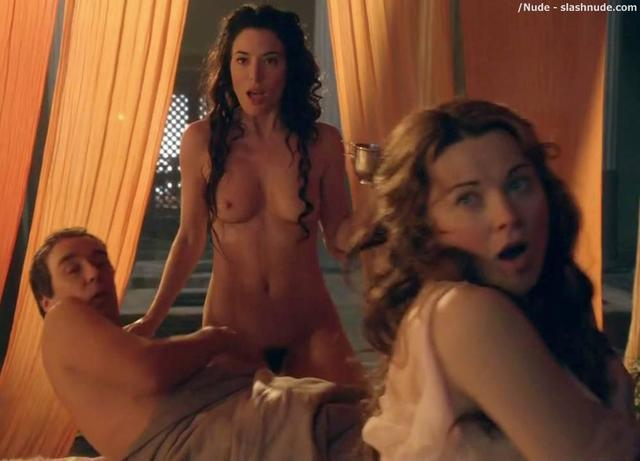 Jaime Murray topless photography