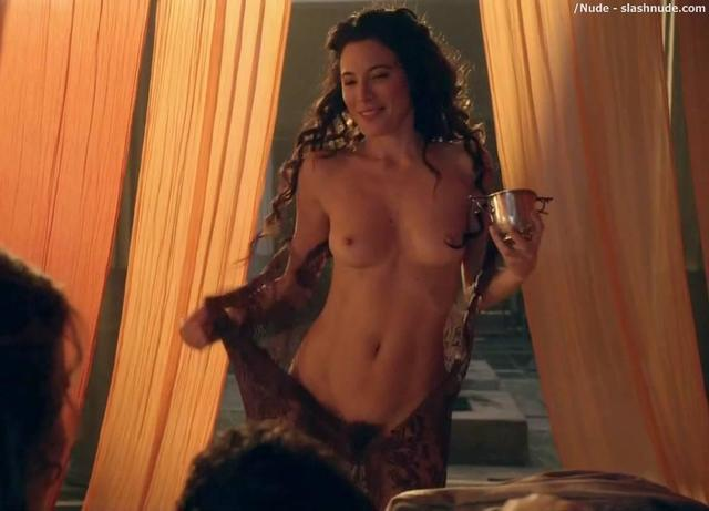 Jaime Murray nude foto