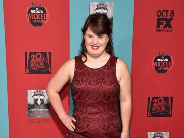 Naked Jamie Brewer photo
