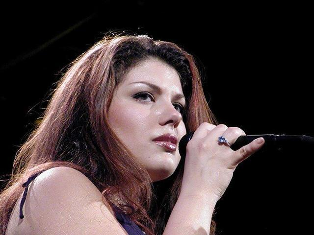 Jane Monheit topless photography
