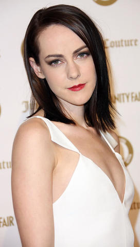 models Jena Malone 24 years nude art photo in the club