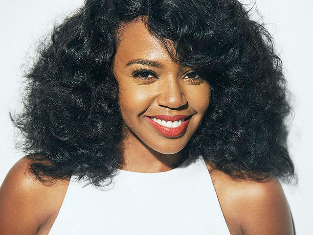 celebritie Jerrika Hinton 22 years amative snapshot in public