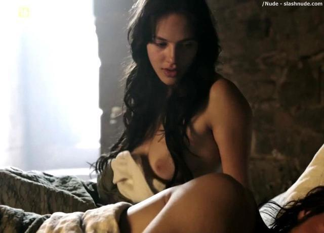 Naked Jessica Brown Findlay pics
