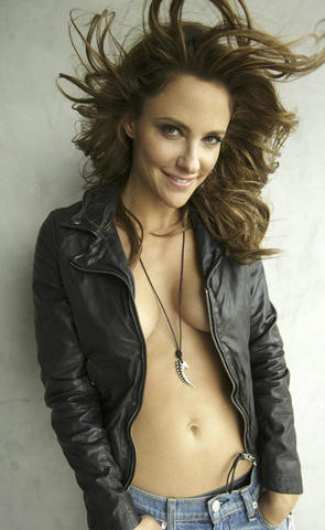 Sexy Jill Wagner photo High Quality