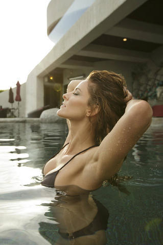 Jill Wagner topless photoshoot