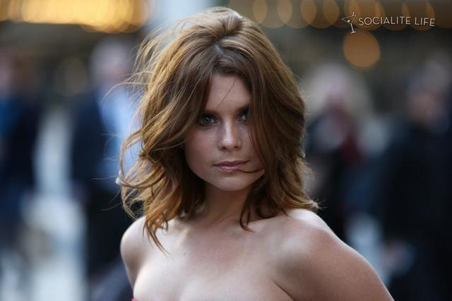 Hot photography JoAnna Garcia Swisher tits