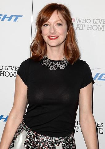 celebritie Judy Greer 25 years indecent photo home