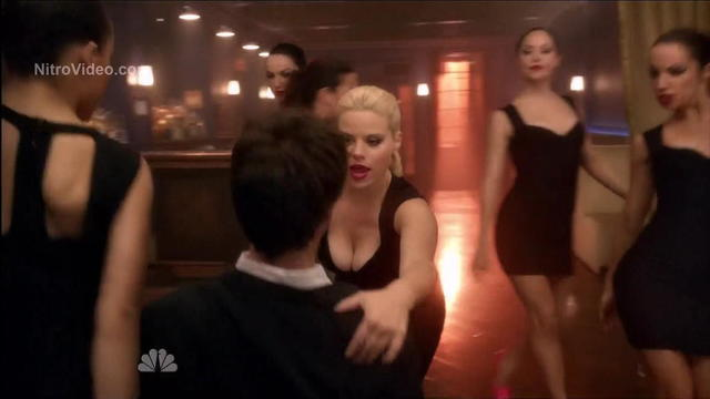 actress Megan Hilty 24 years inviting art in the club