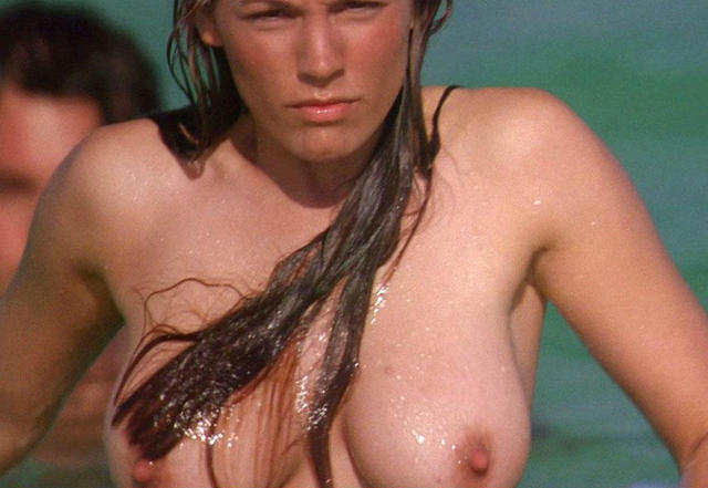 actress Kelly Ann Woods 23 years Without camisole art beach