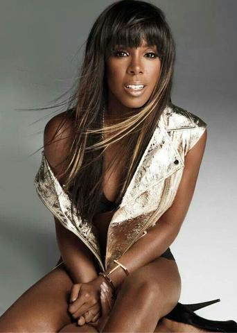 Naked Kelly Rowland photoshoot