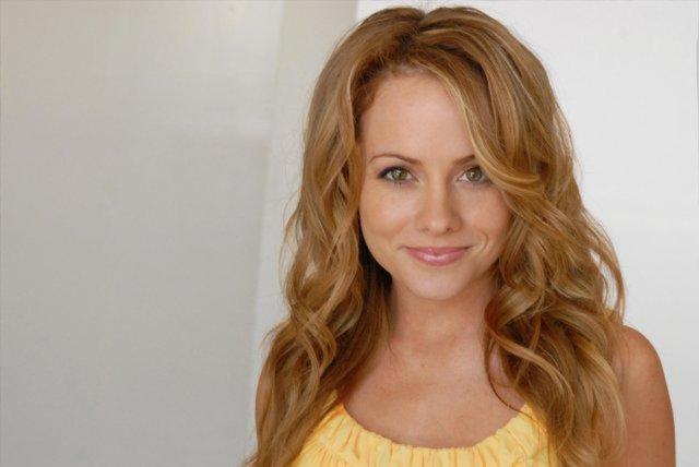 celebritie Kelly Stables 25 years k naked photos in the club