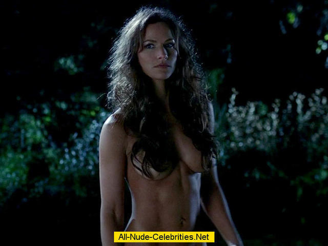 Hot picture Kelly Overton tits