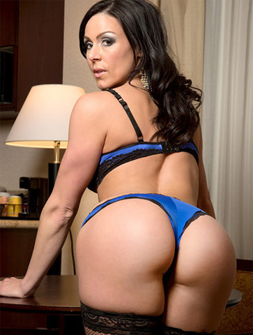 Kendra Lust topless photos