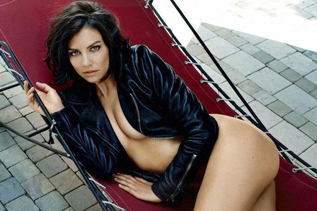 actress Lauren Cohan 2015 swimsuit photos home