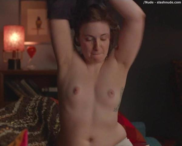 actress Lena Dunham 2015 Sexy image beach