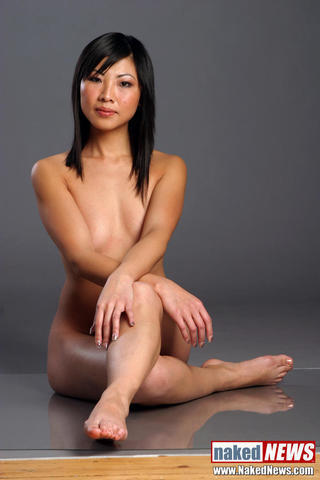 models Michelle Kwan 19 years fleshly foto in the club