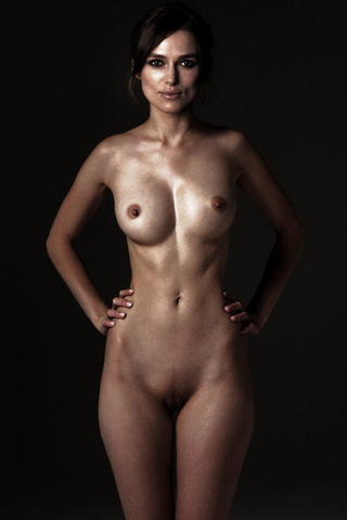 actress Keira Knightley 18 years naturism photography in the club