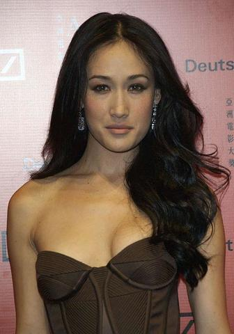 actress Maggie Q 18 years Without clothing snapshot home