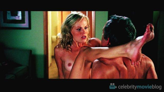 actress Malin Akerman 24 years nudity picture beach