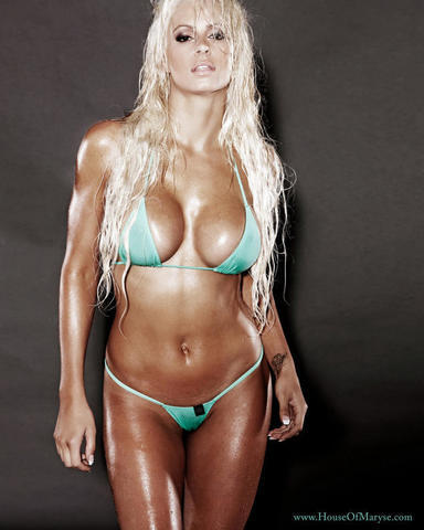 celebritie Maryse Ouellet Mizanin 23 years titties picture beach