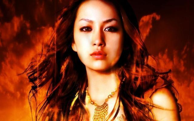 models Mika Nakashima 24 years hot pics in public