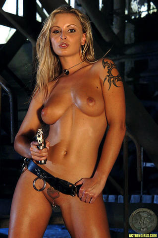 models Liliane Tiger 2015 Without brassiere snapshot in the club