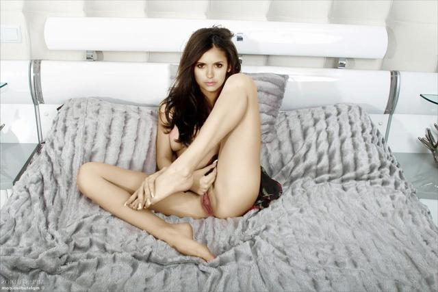 actress Nina Dobrev 20 years Without swimsuit art in public