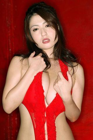 celebritie Yui Horie 23 years Uncensored pics home