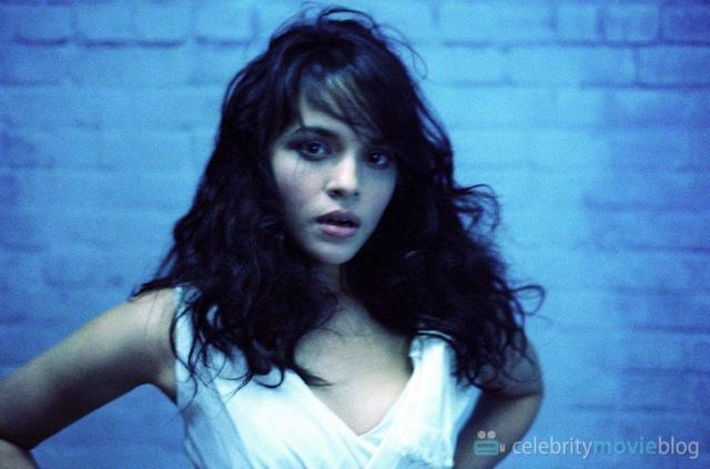 Hot snapshot Norah Jones tits