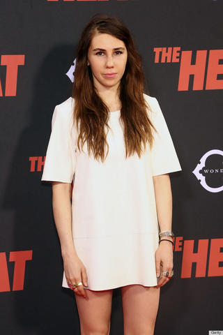 models Zosia Mamet 23 years sexual image in the club