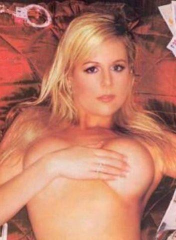 actress Abi Titmuss 18 years provocative pics in public