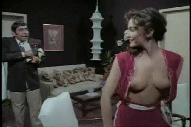actress Adriana Vega 2015 barefaced art home