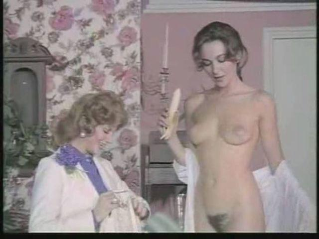celebritie Adriana Vega 18 years obscene photography home