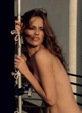 Adriana Veraldi topless photography