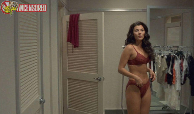 actress Ali Landry 19 years Sexy snapshot in public