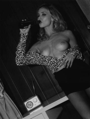 models Allie Leggett 2015 unsheathed picture in the club