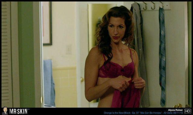actress Alysia Reiner 21 years undressed foto in public