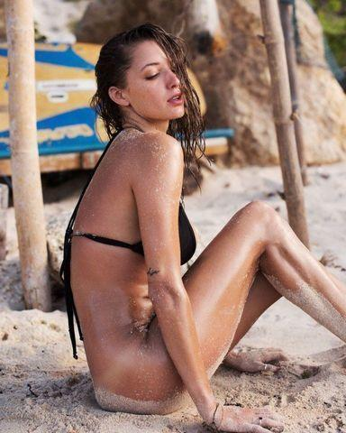models Alyssa Arce young private picture beach