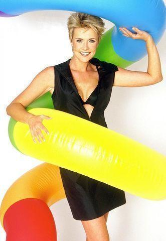 actress Amanda Tapping 24 years nudism image in public