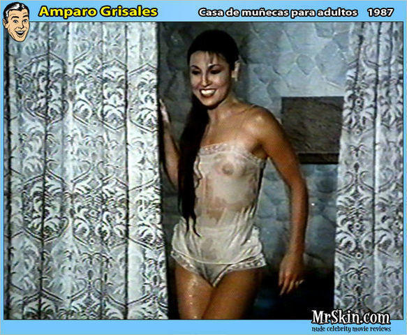 Amparo Grisales topless photos